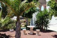 Secretchill Garden  stone chairs