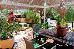 Secretchill in Tias - Terrace seating area
